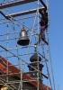 Nový zvon Anežka Česká a jeho vyzdvižení na věž